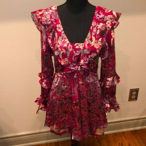 Maroon Floral Dress 🌹 NWT!!